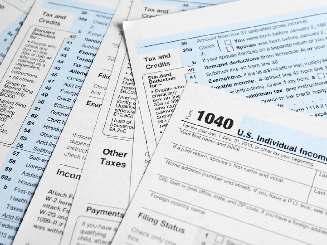 5 reasons to hire a professional to do your taxes